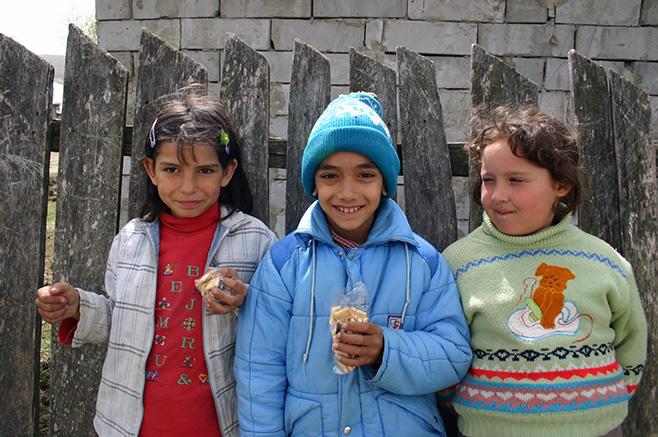 ゼチェ・ブラジニ村の子供達2