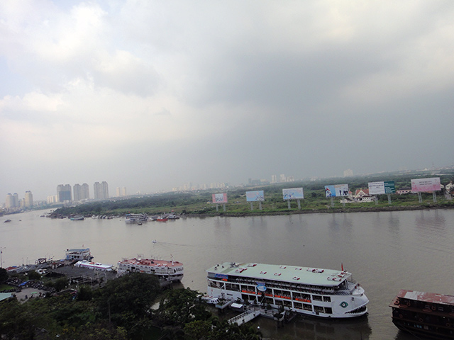 マジェスティック・ホテルから見えるサイゴン川